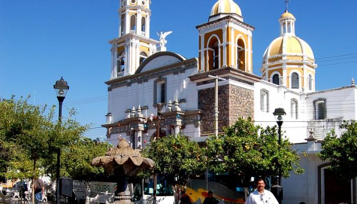 Iglesias, Parroquias, Catedrales y Capillas